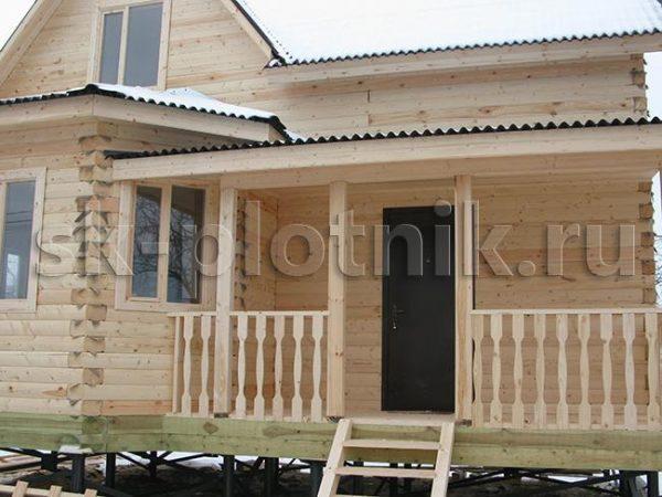 Дом из бруса 8х9 с эркером